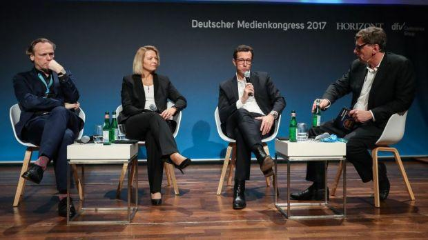 Podiumsdiskussion zum Thema Social-Media-Marketing