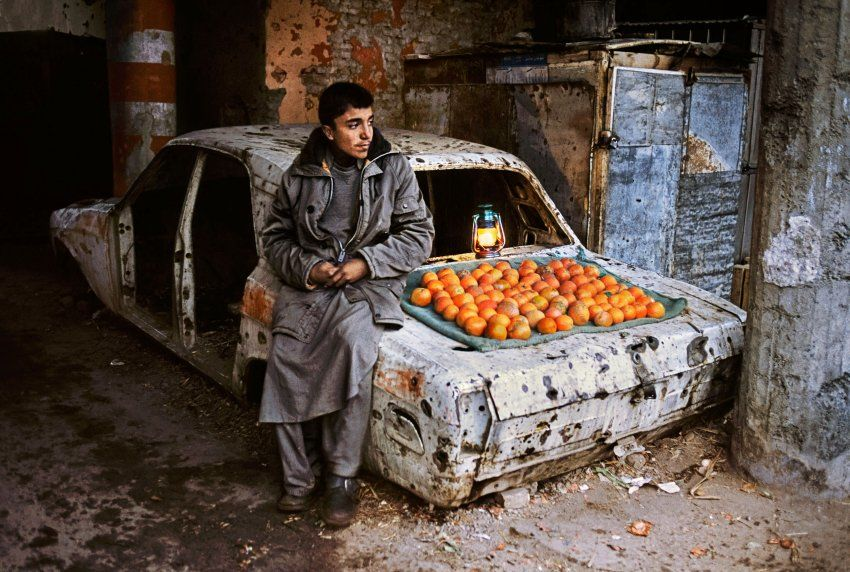 Junge, Obstverkauf Afghanistan