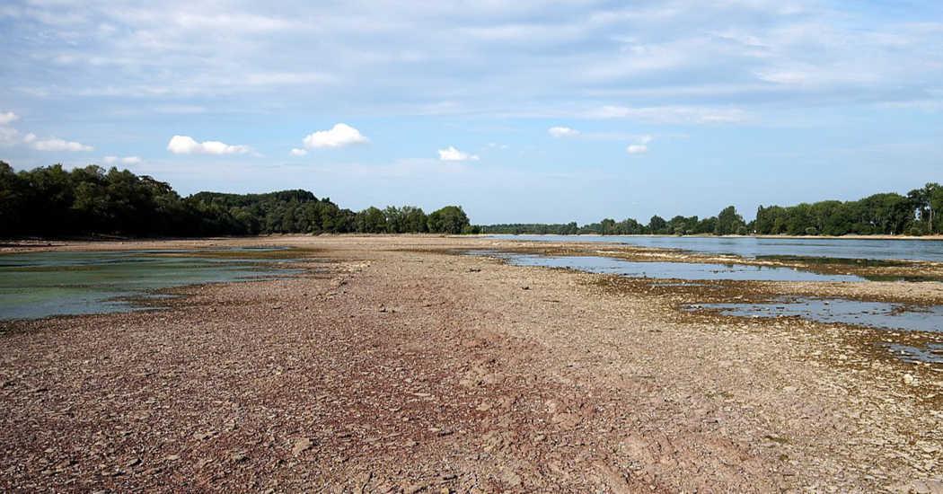 Dürre, trockener Fluss